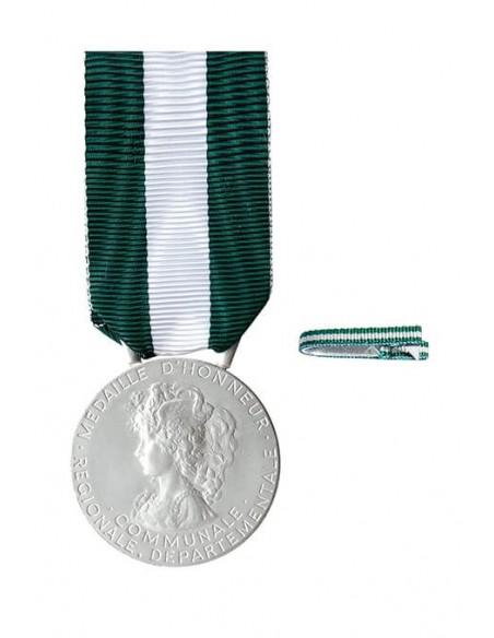 Médaille d'Honneur Régionale, Départementale et Communale Argent 20 ans en Bronze argenté. Fixe ruban en option.