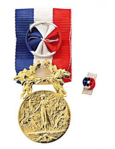 Médaille d'Honneur pour Actes de Courage et de Dévouement Or en bronze doré. Fixe ruban en option.