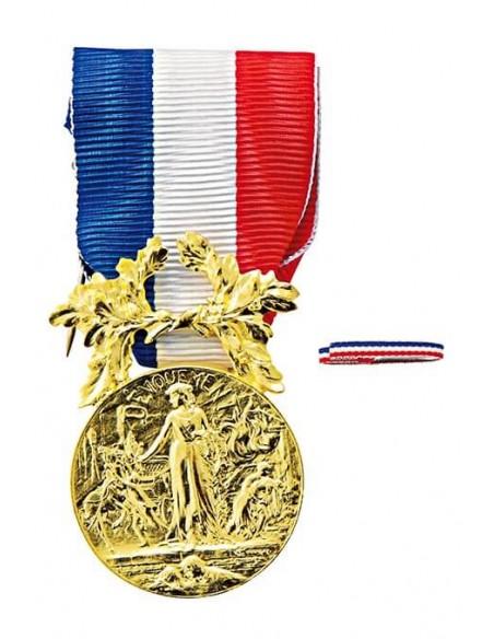 Médaille d'Honneur pour Actes de Courage et de Dévouement Bronze en bronze doré. Fixe ruban en option.