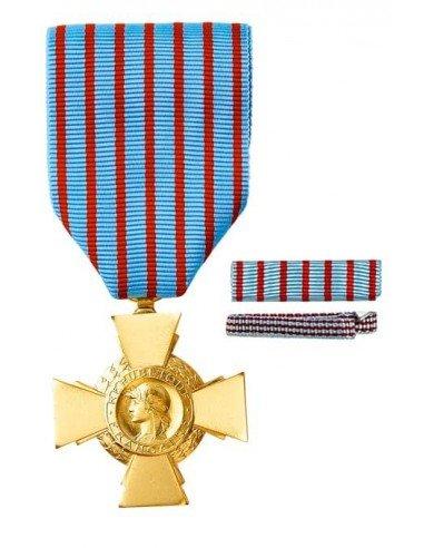 Médaille Militaire en bronze doré.